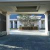 建物のエントランスの門扉①