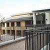 渡り廊下、ベランダ部も統一したデザインで表現④