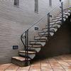 ロートアイアンによる階段の装飾手摺③