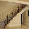 ロートアイアンによる階段の装飾手摺①