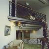 中二階部のロートアイアンの手摺り装飾①