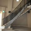 直線的なデザインで纏めたロートアイアンの階段手摺①