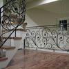 ロートアイアンによる階段とそれに続く水平部の装飾手摺⑤