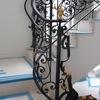 ロートアイアンによる階段の装飾手摺⑭