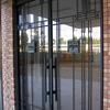 ロートアイアンを組み込んだガラス入り扉④
