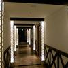廊下の装飾照明