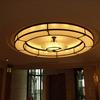 ホールの円形照明器具