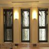 ホールの窓グリル