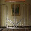 室内の開口部のロートアイアンによる装飾エレメント②