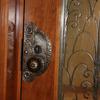 ロートアイアンのドアノブ飾り
